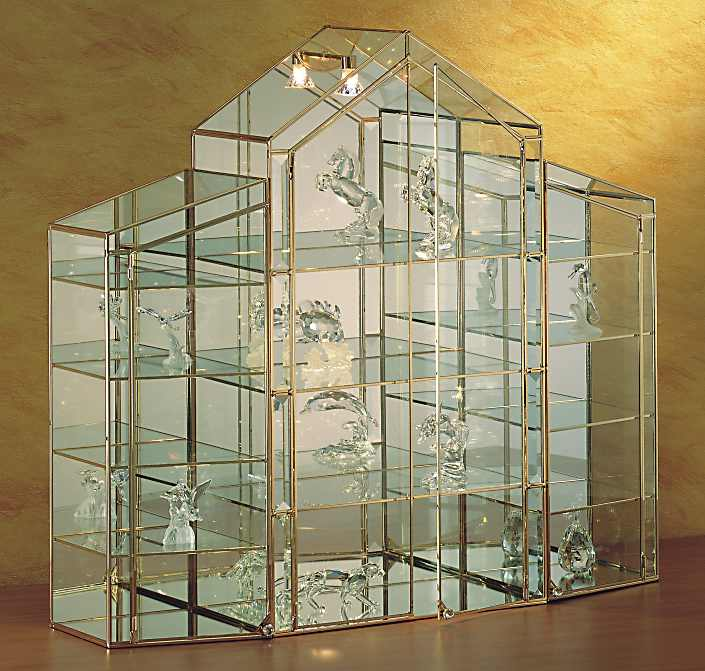 vitrines de collection de luxe pour figurines en cristal. Black Bedroom Furniture Sets. Home Design Ideas